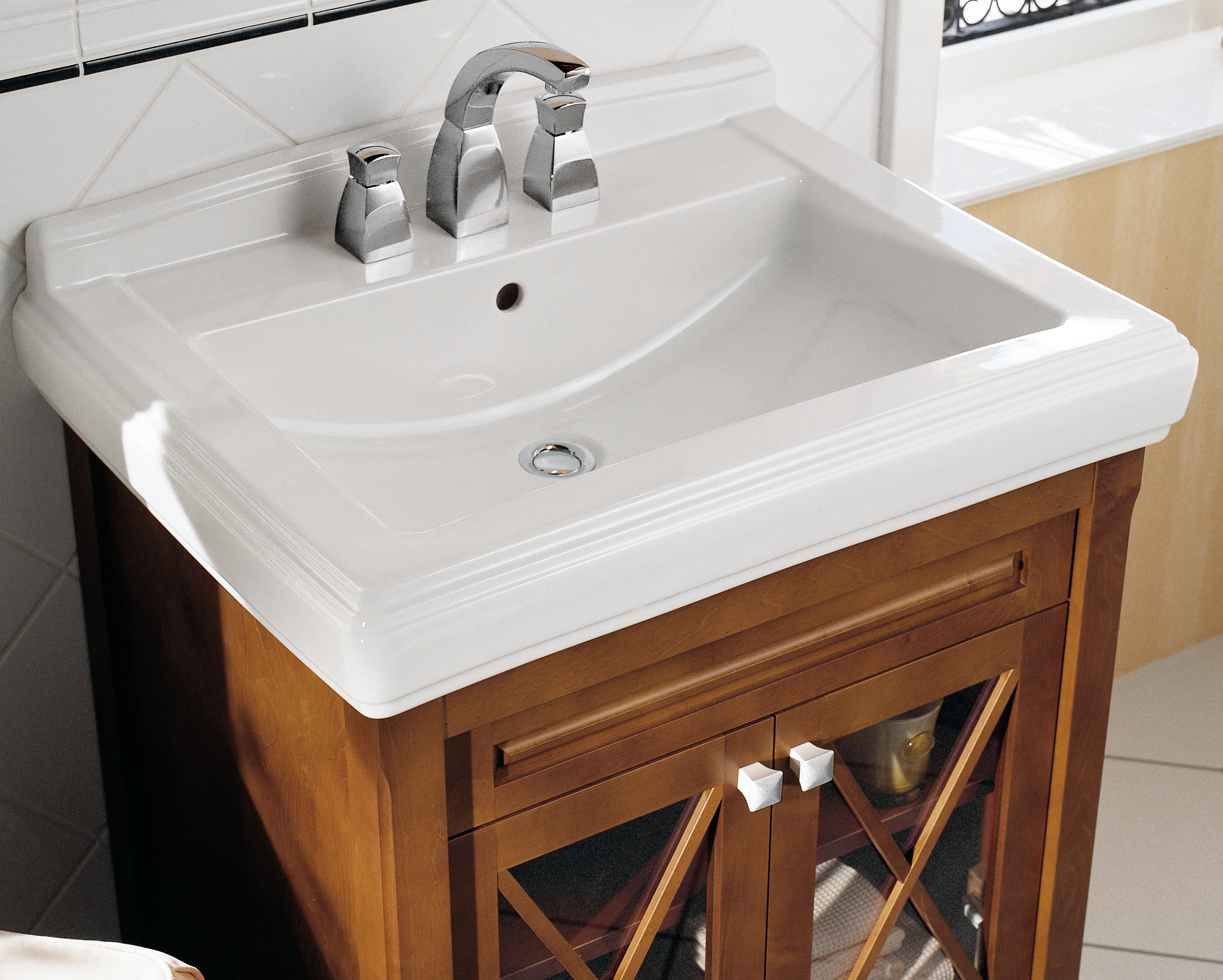 Strada Washbasin (basin only)