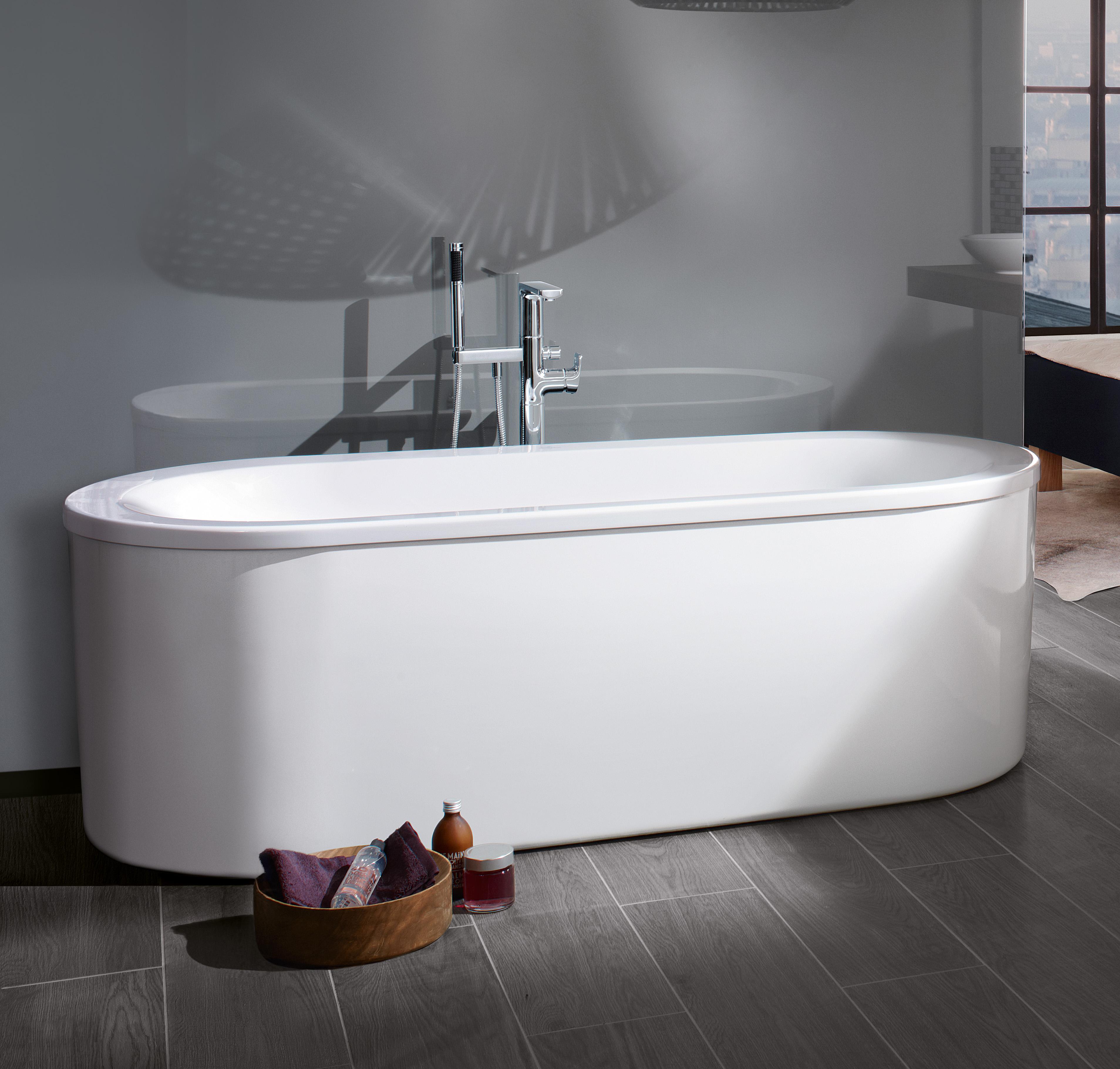 Loop & Friends Free-standing bathtubs