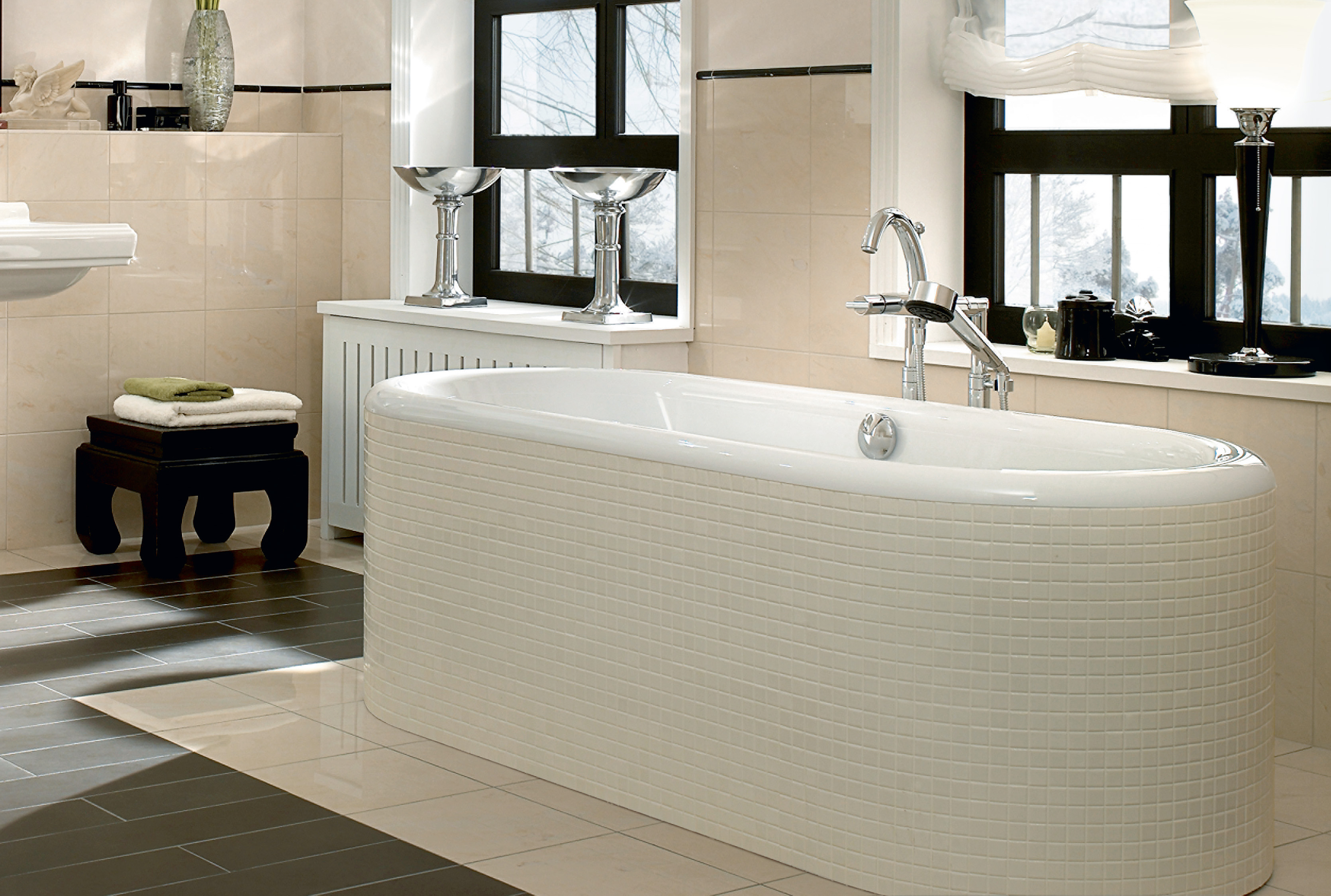 Nexus Bath, Baths, Oval baths